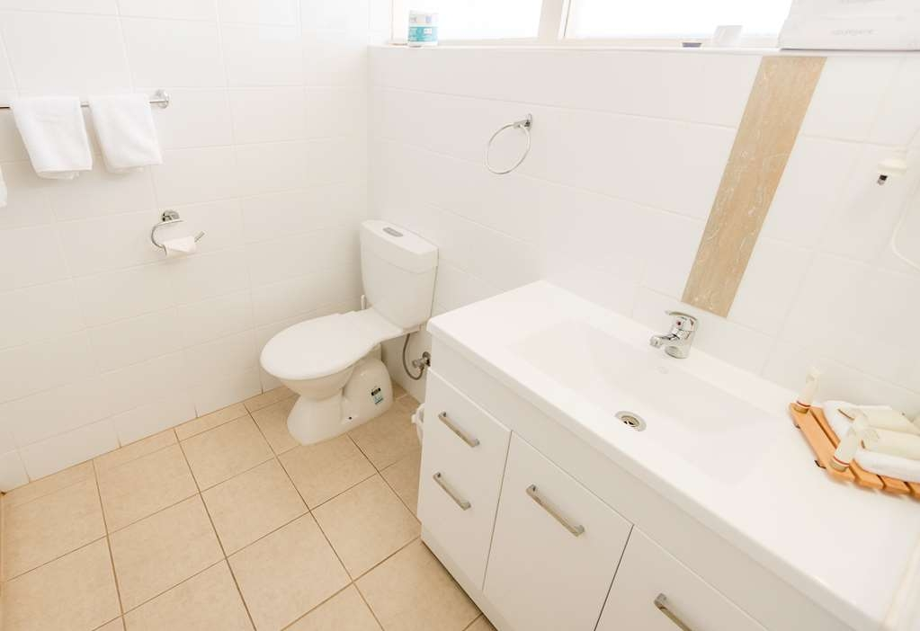 SureStay Collection by Best Western Hospitality Carnarvon - Bagno