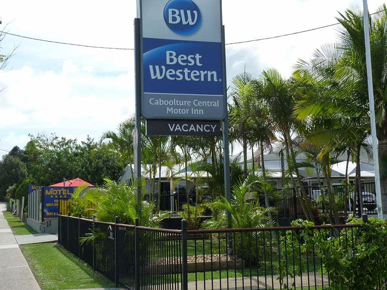 Caboolture Central Motor Inn, SureStay Collection by BW - Vista exterior