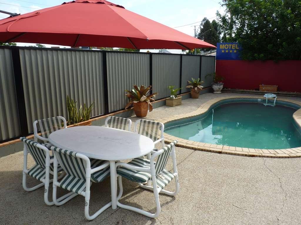 Best Western Caboolture Central Motor Inn - Pool
