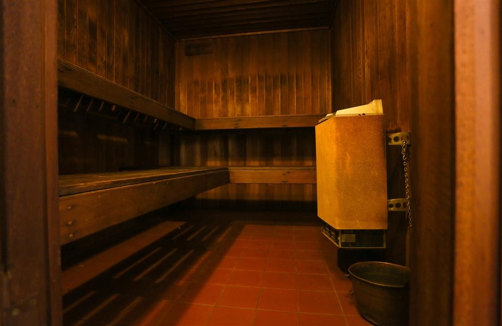 Best Western Plus Hovell Tree Inn - Sauna onsite
