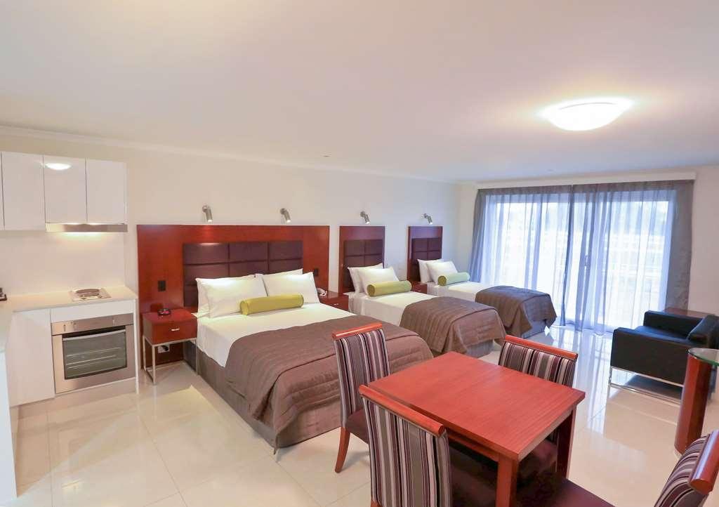 Best Western Casula Motor Inn - BESTWESTERN Casula GuestRoom
