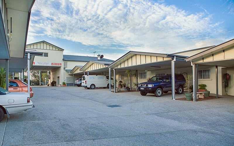 Best Western Caboolture Gateway Motel - Exterior View of the Hotel from the Carpark