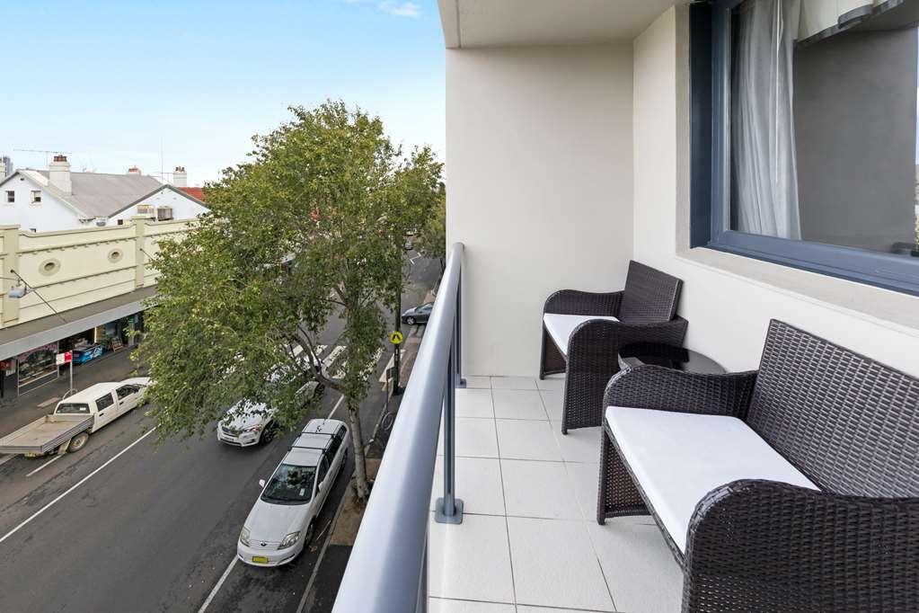 Best Western Haven Glebe - King Room Balcony