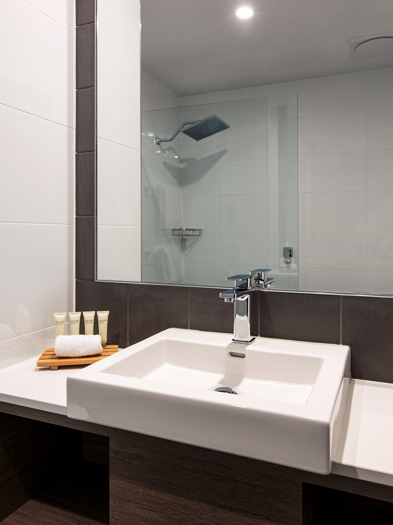 Best Western Plus Lake Kawana Hotel - Chambres / Logements