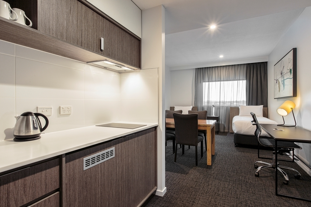 Best Western Plus Lake Kawana Hotel - Suite