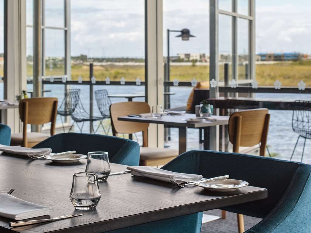 Best Western Plus Lake Kawana Hotel - Restaurant / Etablissement gastronomique