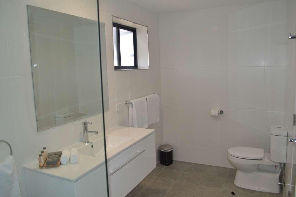 Best Western Quirindi RSL Motel - Terrace Guest Bathroom