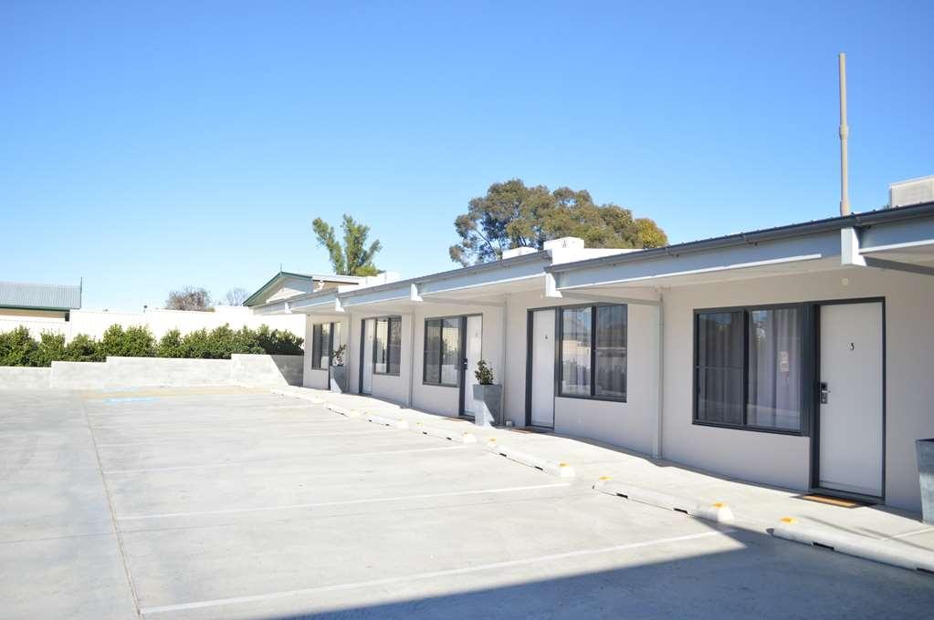 Best Western Quirindi RSL Motel - Parking to your Door