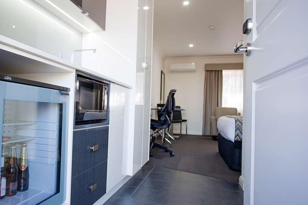 Best Western Bluegum Motel - Executive Queen Room Kitchenette