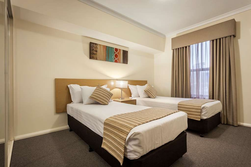 Best Western Northbridge Apartments - Two Bedroom Apartment Second Bedroom
