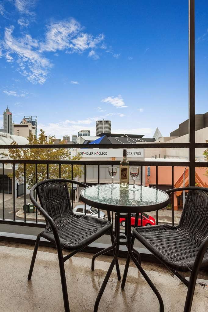 Best Western Northbridge Apartments - Two Bedroom Apartment Balcony