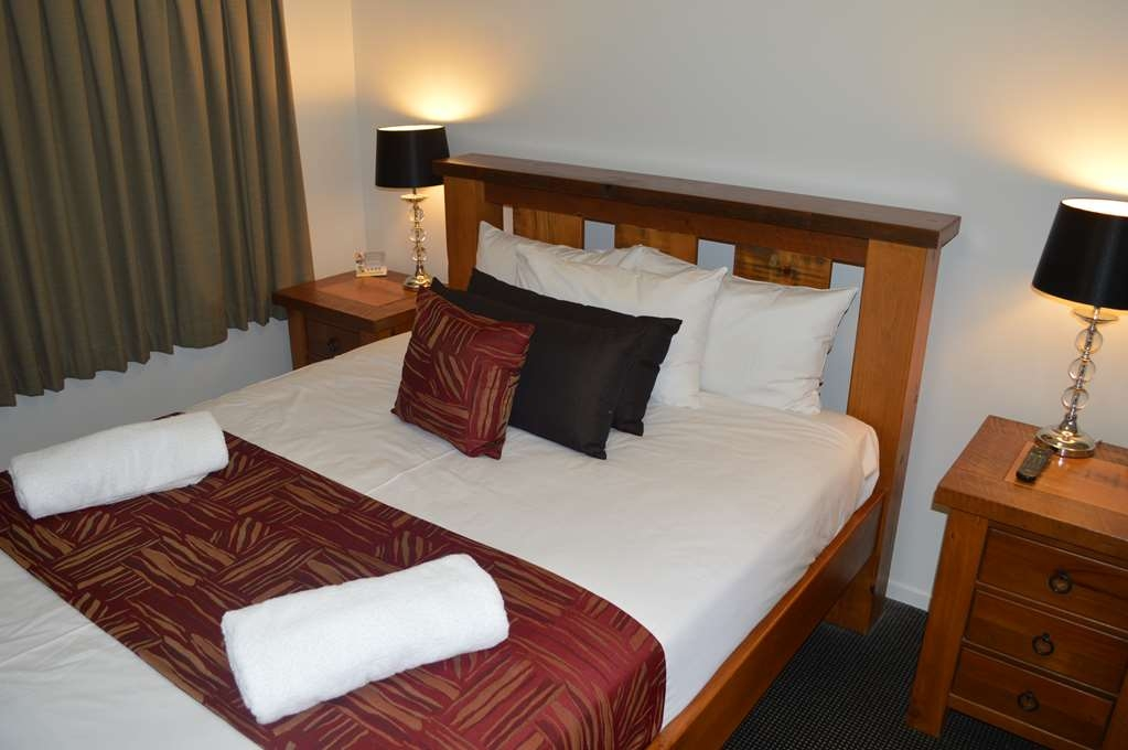 Best Western Marco Polo Mackay - Executive Room with One Queen Size Bed