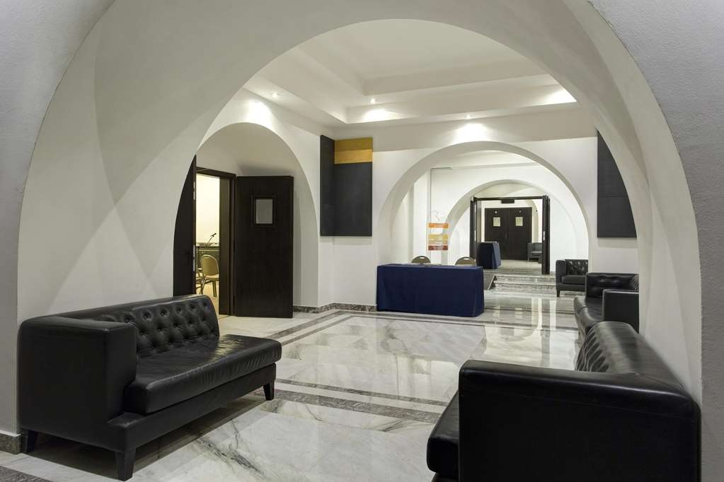 Best Western Plus Hotel Universo - Meeting Room Foyer