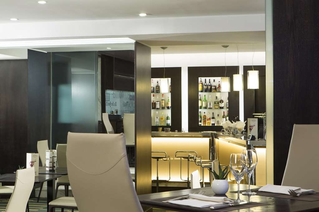 Best Western Plus Hotel Universo - Lounge Bar