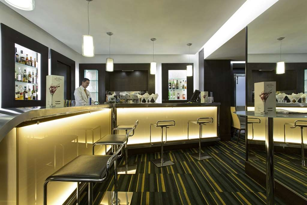 Best Western Plus Hotel Universo - Bar