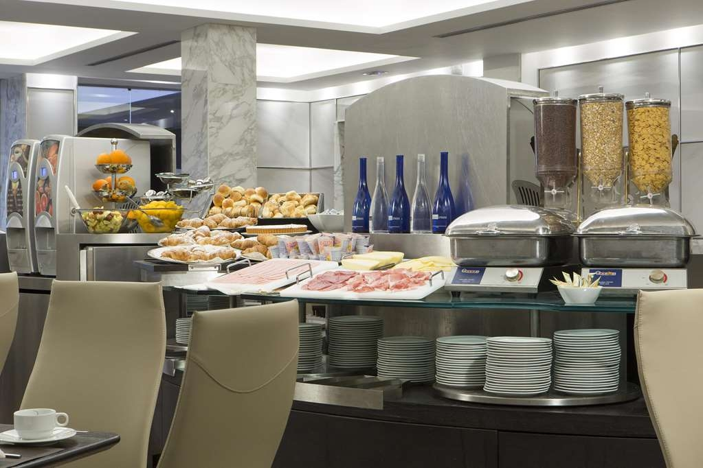 Best Western Plus Hotel Universo - Breakfast Buffet