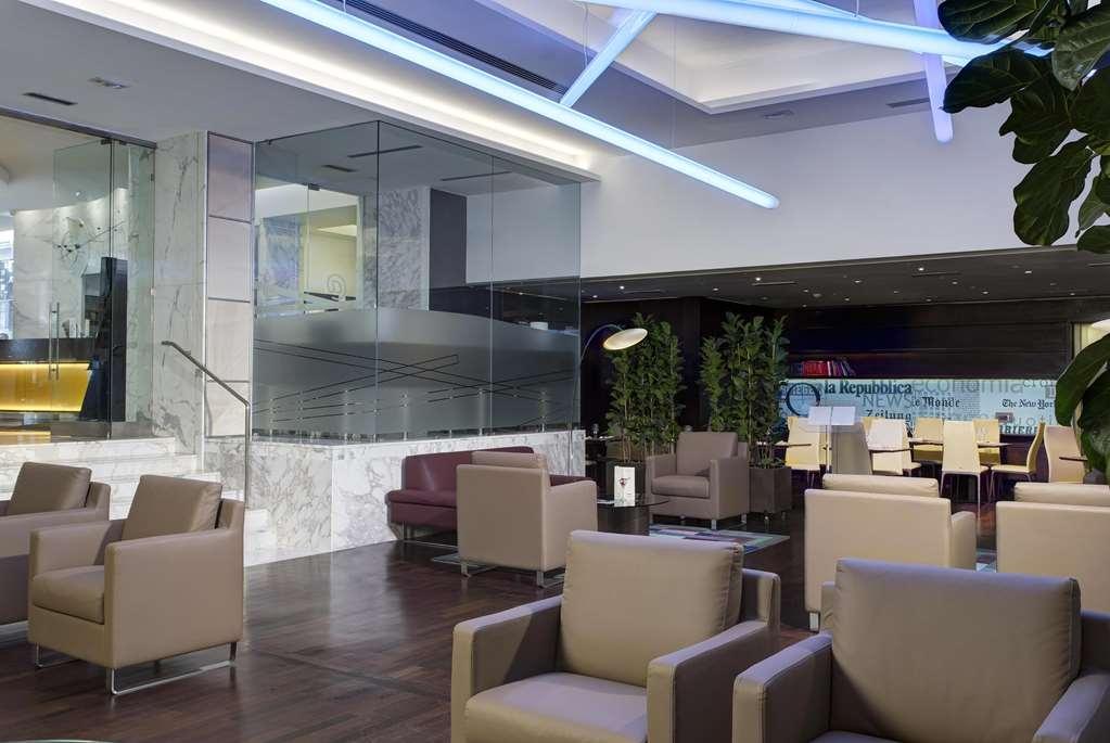 Best Western Plus Hotel Universo - Vista del vestíbulo