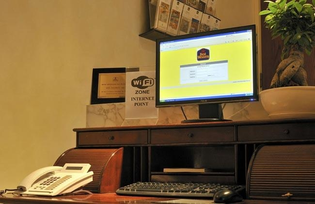 Best Western Hotel Piccadilly - Business Center