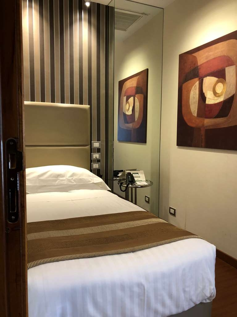 Best Western Hotel Piccadilly - Guest Room