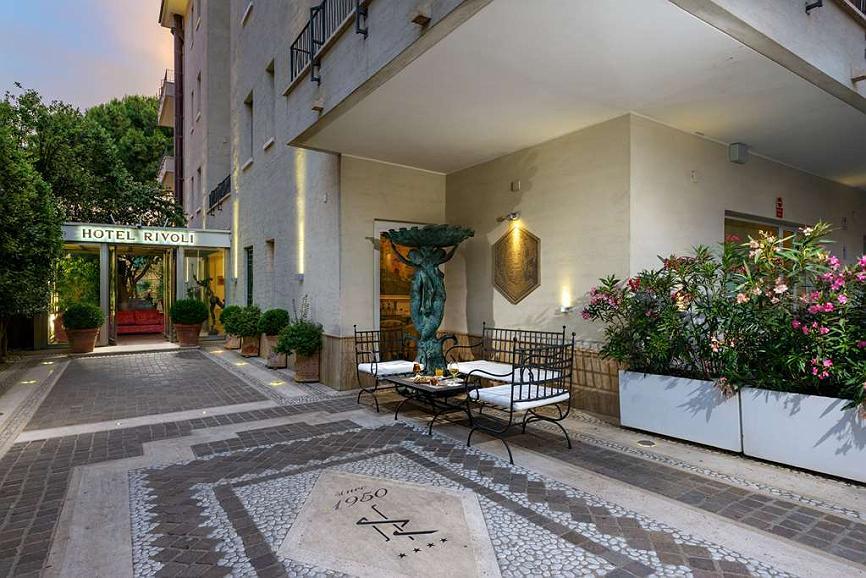 Best Western Hotel Rivoli - ENTRANCE Entrance of the Best Western Hotel Rivoli