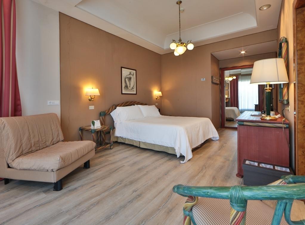 Best Western Hotel Rivoli - Gästezimmer/ Unterkünfte