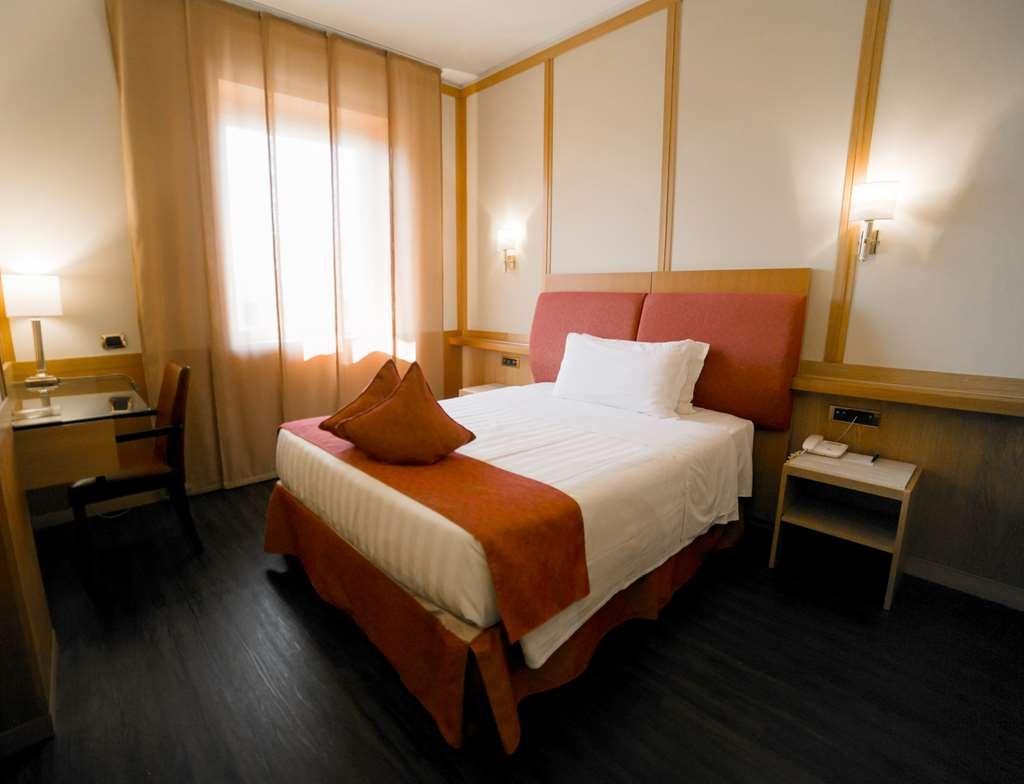 Best Western Hotel President - Gästezimmer/ Unterkünfte