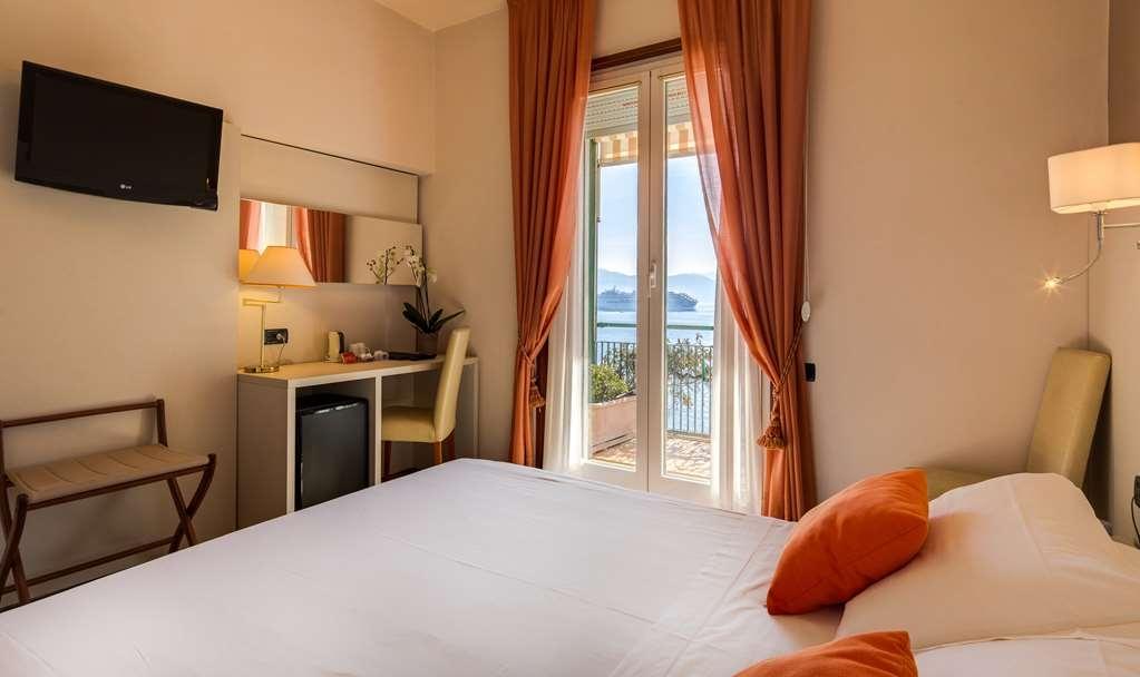 Best Western Regina Elena - Guest Room Front Sea View