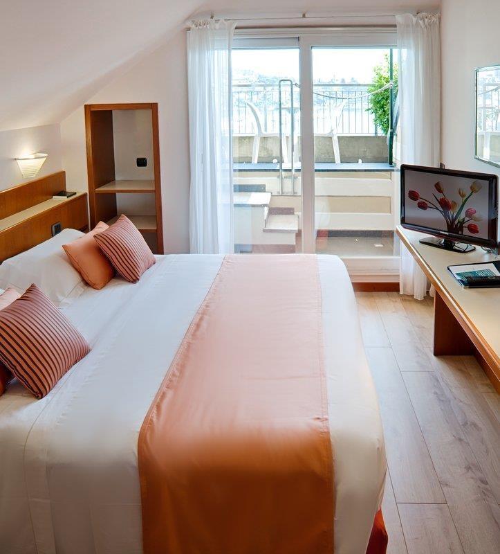 Best Western Regina Elena - Guest Room Deluxe Front Sea View