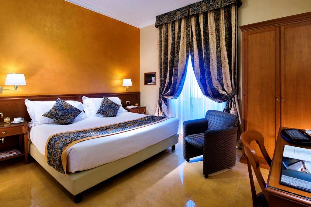 Best Western Plus Hotel Galles - Standard Double Bed Guest Room