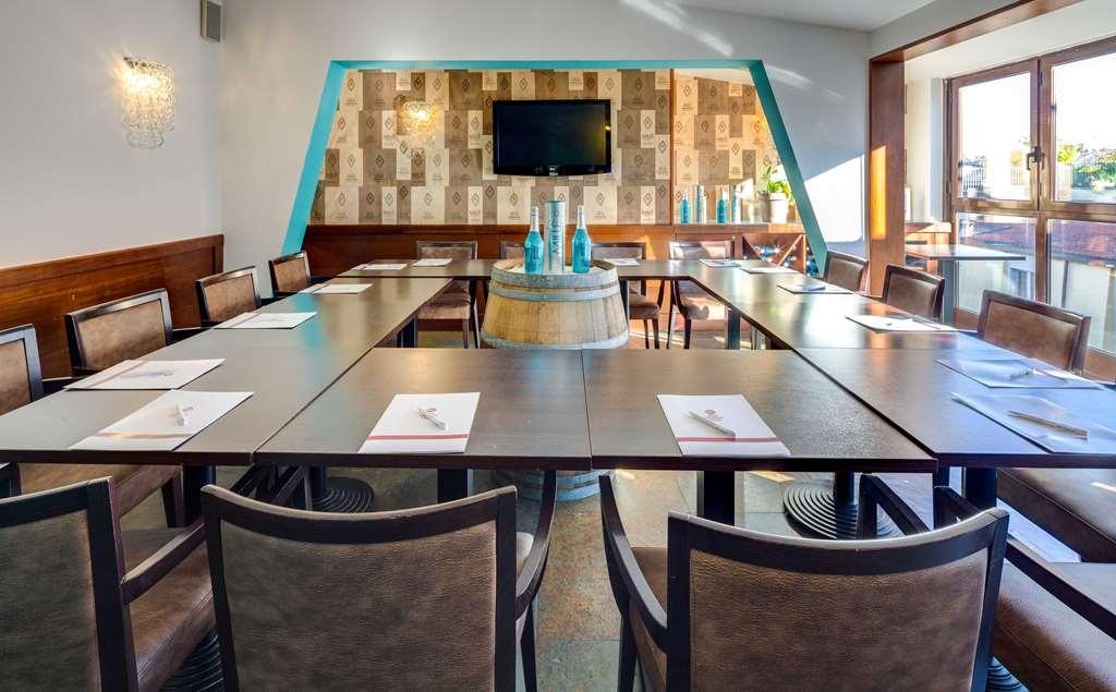 Best Western Plus Hotel Galles - Salle de réunion