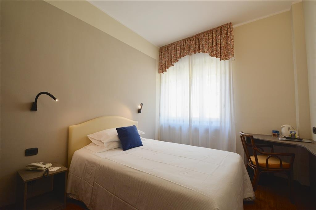 Best Western Hotel Crimea - Guest Room