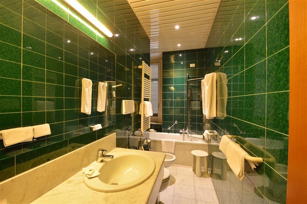 Best Western Hotel Crimea - Gästebad