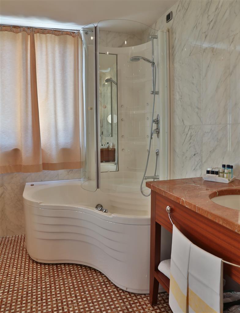 Best Western Hotel Nazionale - Badezimmer