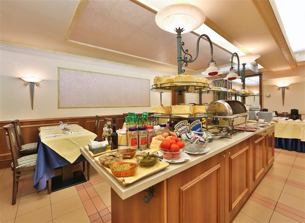 Best Western Hotel San Donato - Breakfast Area