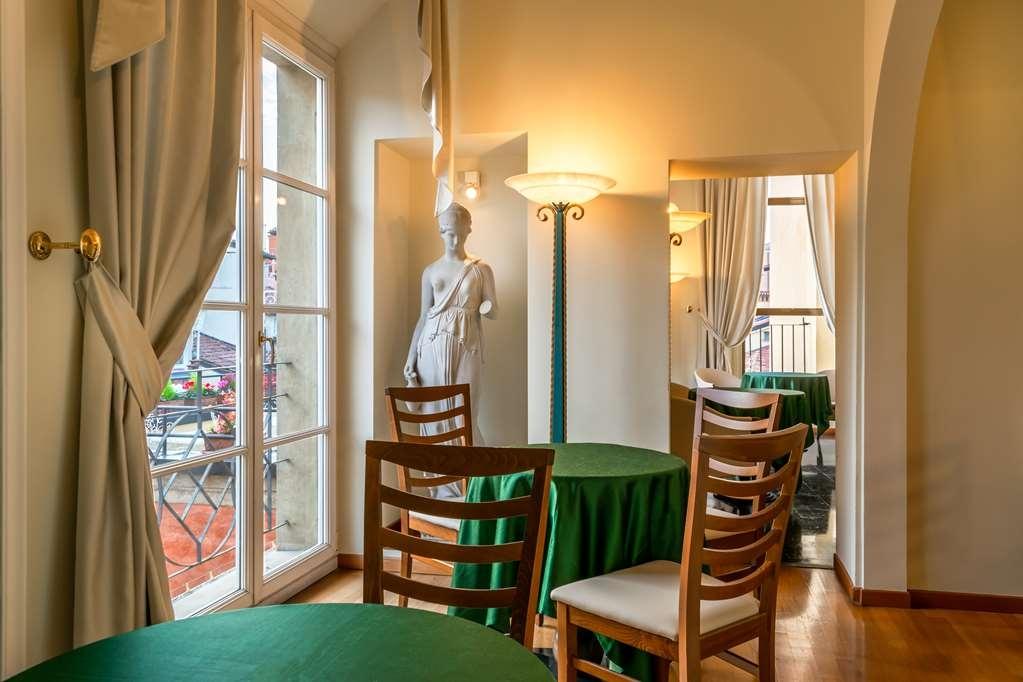 Best Western Hotel San Donato - Lobby and Breakfast Area