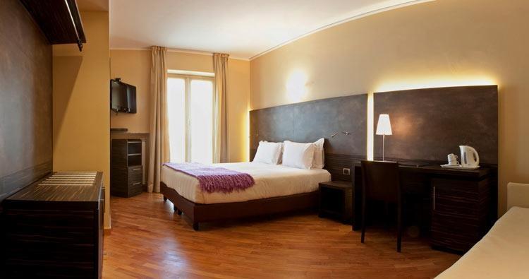 Best Western Hotel Metropoli - Double Superior Bedroom