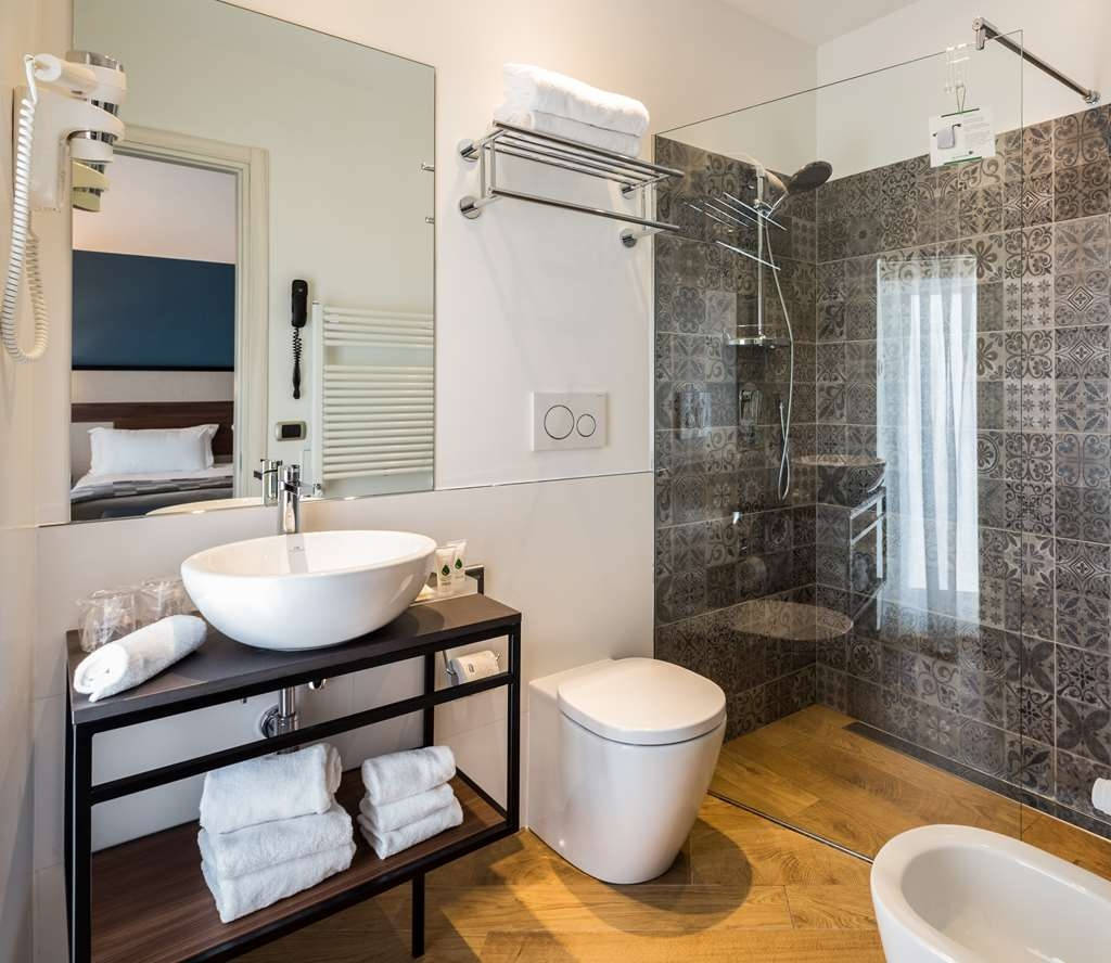 Best Western Hotel Metropoli - Bathroom
