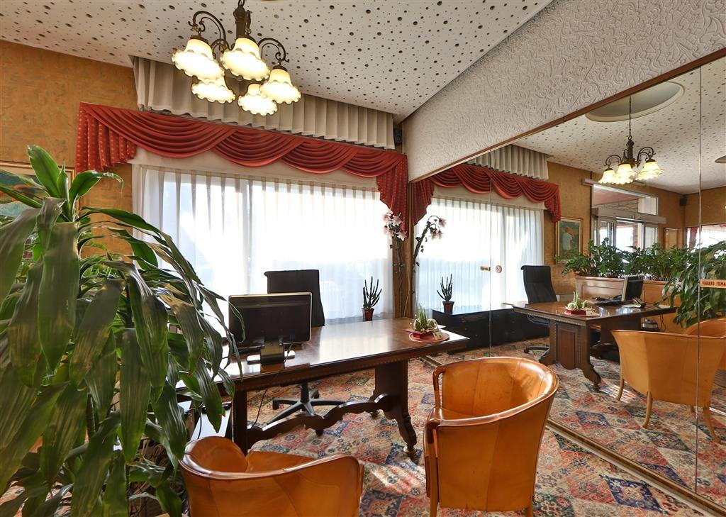 Best Western Hotel Cristallo - Lobbyansicht