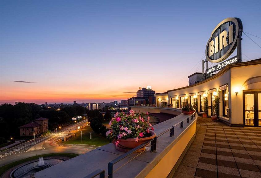 Best Western Hotel Biri - Vista exterior