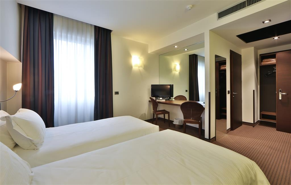 Best Western Hotel Biri - Standard Two Single Bed Guest Room