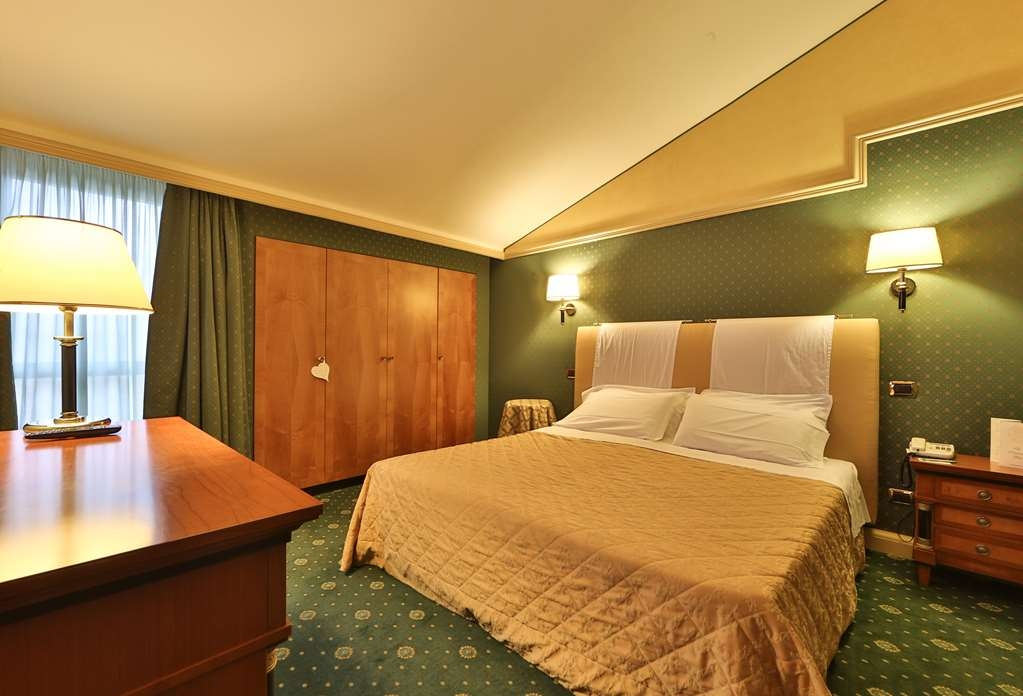 Best Western Grand Htl Guinigi - Suite