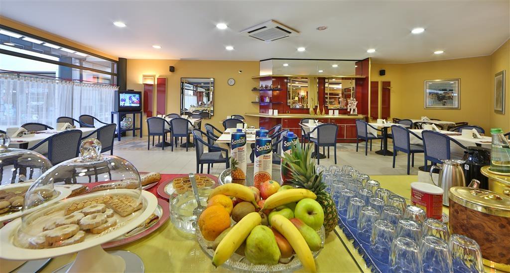 Best Western Hotel Solaf - Breakfast Bar