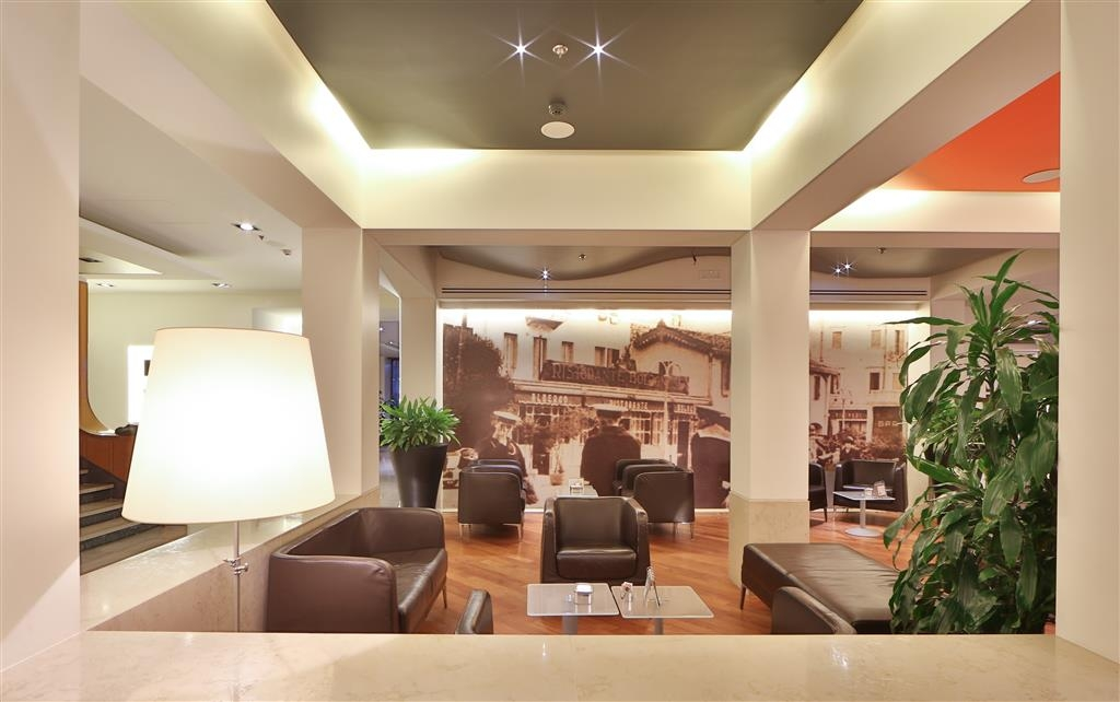 Best Western Plus Hotel Bologna - Hall