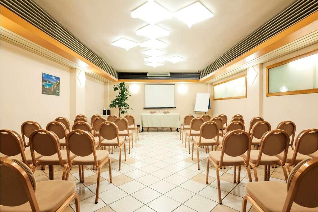 Best Western Hotel Residence Italia - Meeting Room
