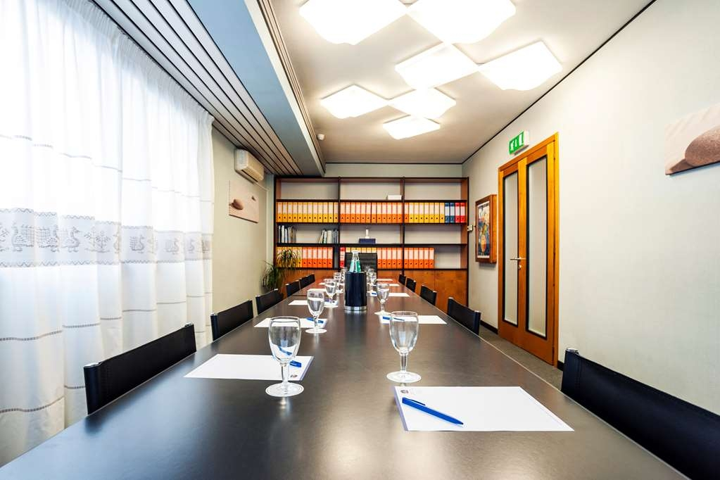 Best Western Hotel Residence Italia - Salle de réunion