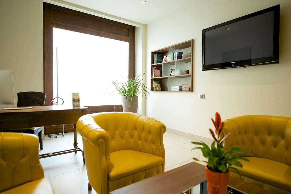 Best Western Hotel Luxor - lobby