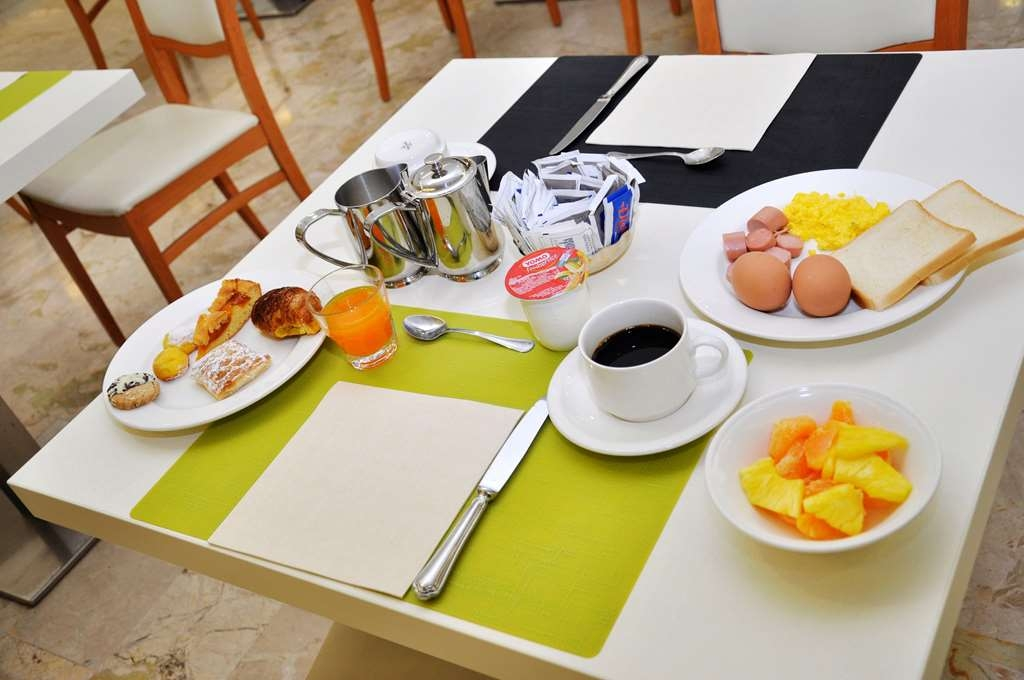 Best Western Park Hotel - Breakfast Area