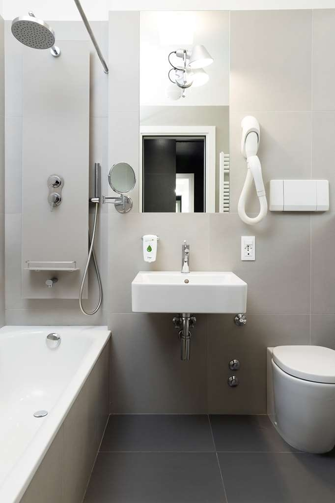 Best Western Plus Park Hotel Pordenone - Bathroom Comfort Guest Room