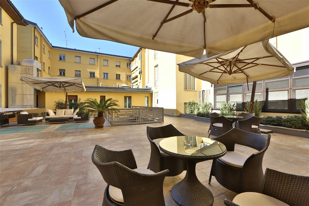 Best Western Hotel Cappello D'Oro - Outdoor Lounge