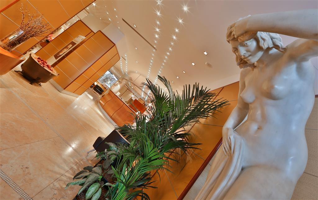 Best Western Hotel Cappello D'Oro - Vista del vestíbulo